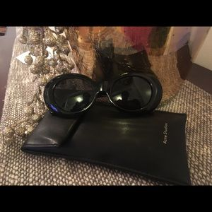 ACNE STUDIOS MUSTANG BLACK SUNGLASSES